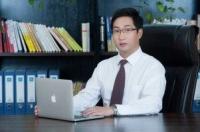杨承富律师